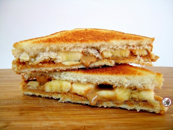 Elvis Presley's Fried Peanut Butter and Banana Sandwich Recipe